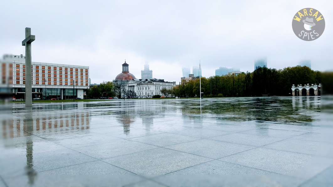 Warsaw Pilsudski Square
