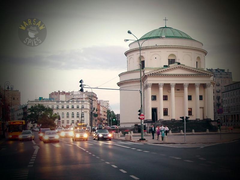 Warsaw, Trzech Krzyzy Square